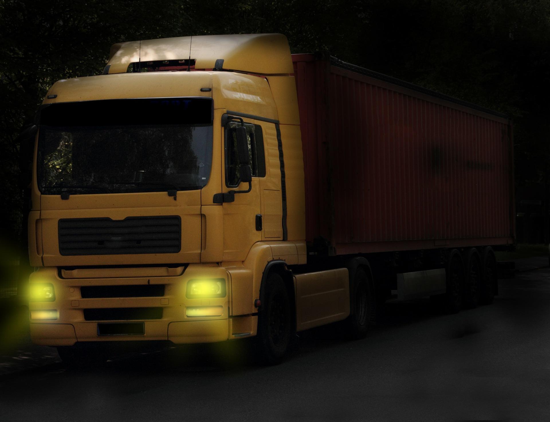truck-333249_1920