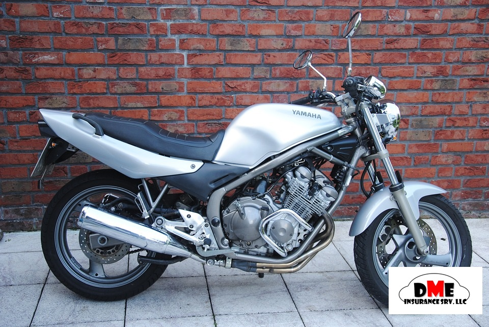 motorcycle-1559062_960_720[1]